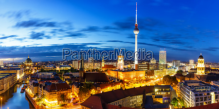 berlin panorama skyline tv tower townhall