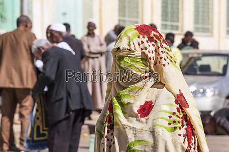 mulher eritreana em um burca na