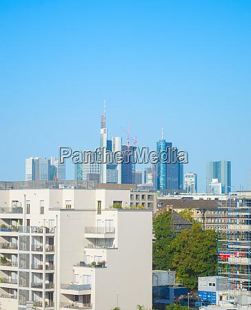 horizonte de frankfurt com predios de