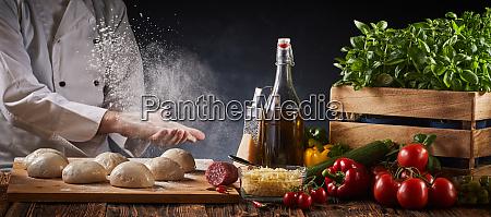 chef batendo palmas com as maos