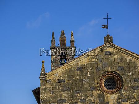 italia chianti monteriggioni chiesa di santa