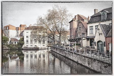 belgica brugge madrugada alterado digitalmente