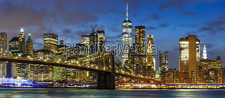 new york city skyline night manhattan