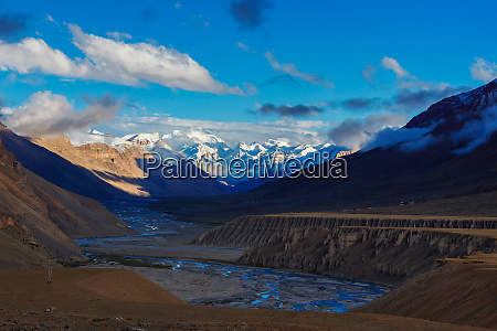 sunset in himalayas spiti valley