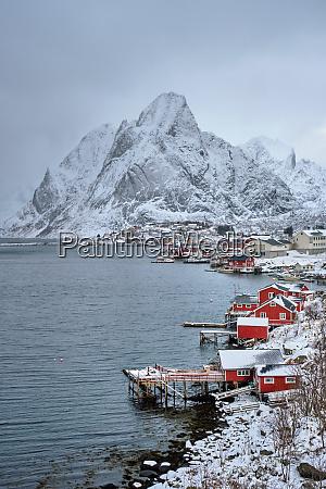 reine fishing village norway