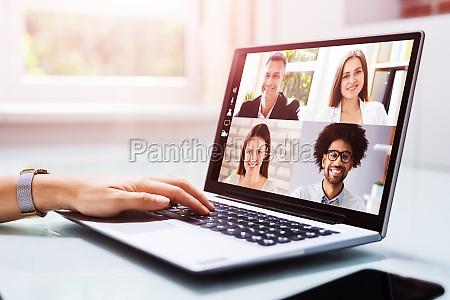 chamada webinar de videoconferencia on line