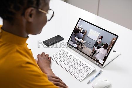 treinamento de videoconferencia virtual online