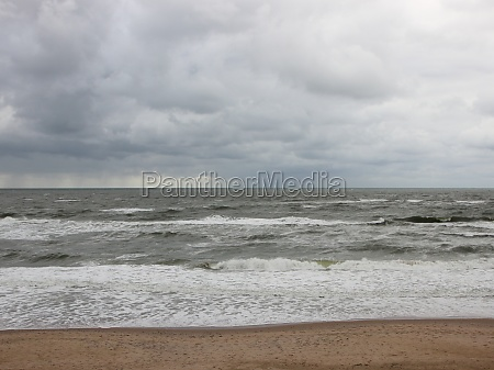 coast, with, white, waves, and, cloudy - 29745618